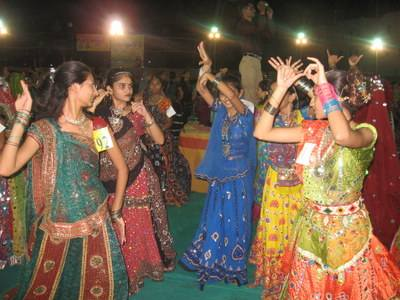 Garba Raas in Navratri